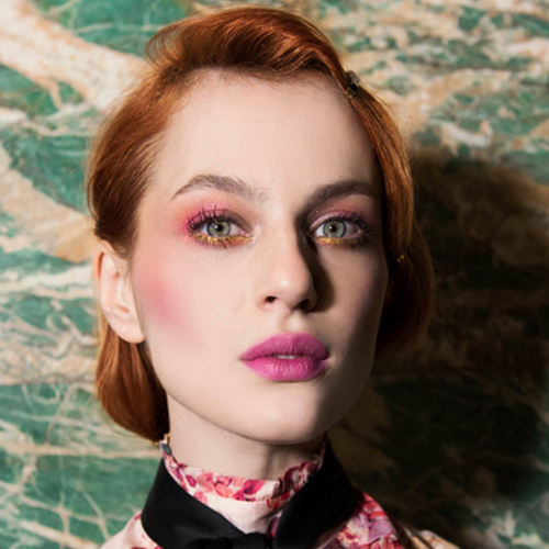7 makeup e look per 7 giorni: dal nude al rosa passando per il glitter, una settimana beauty